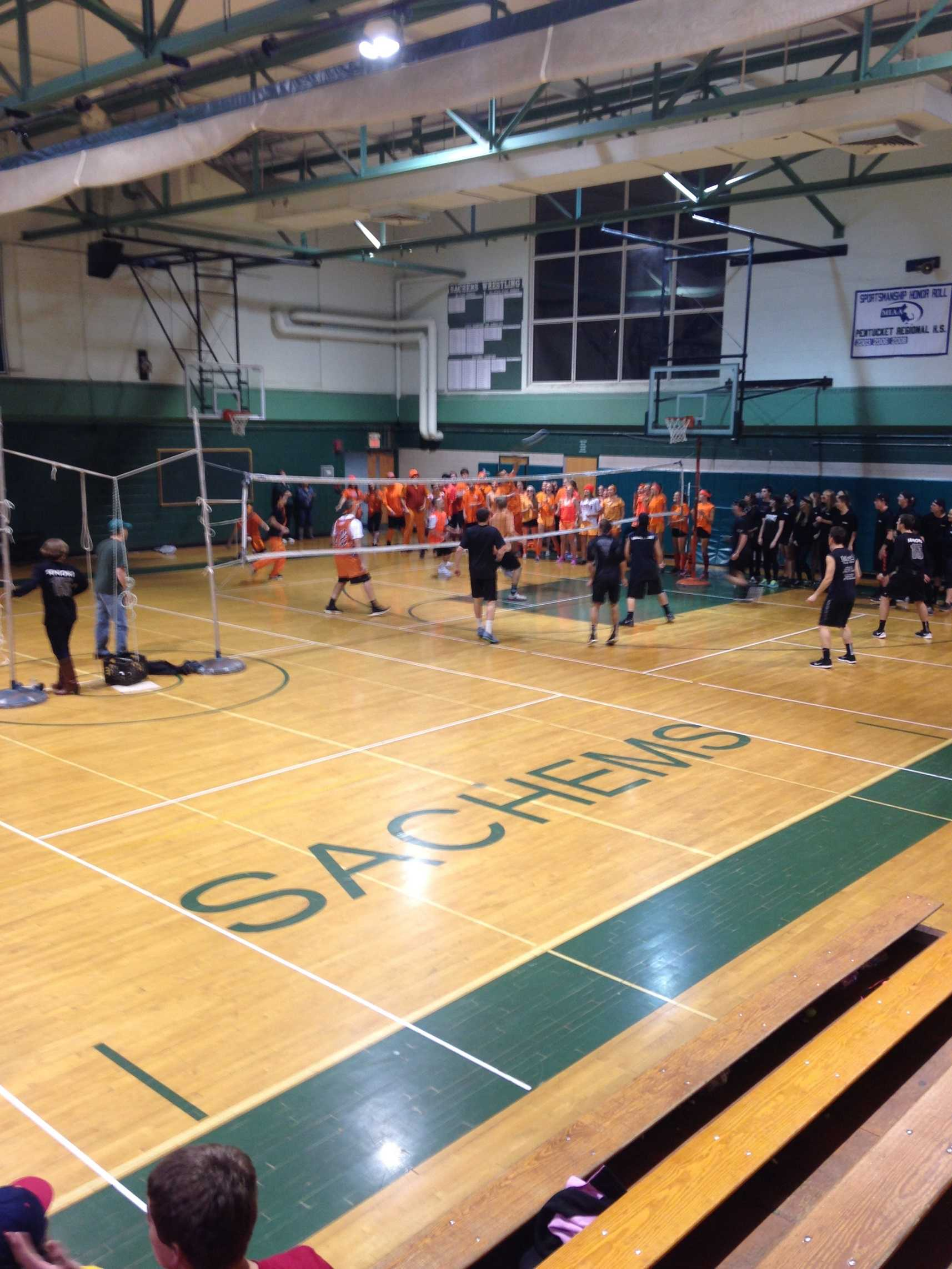 Seniors vs. Sophomores Volleyball