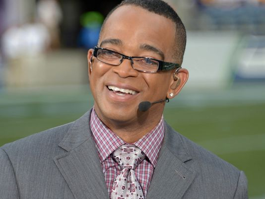 Stuart Scott dies at age 49