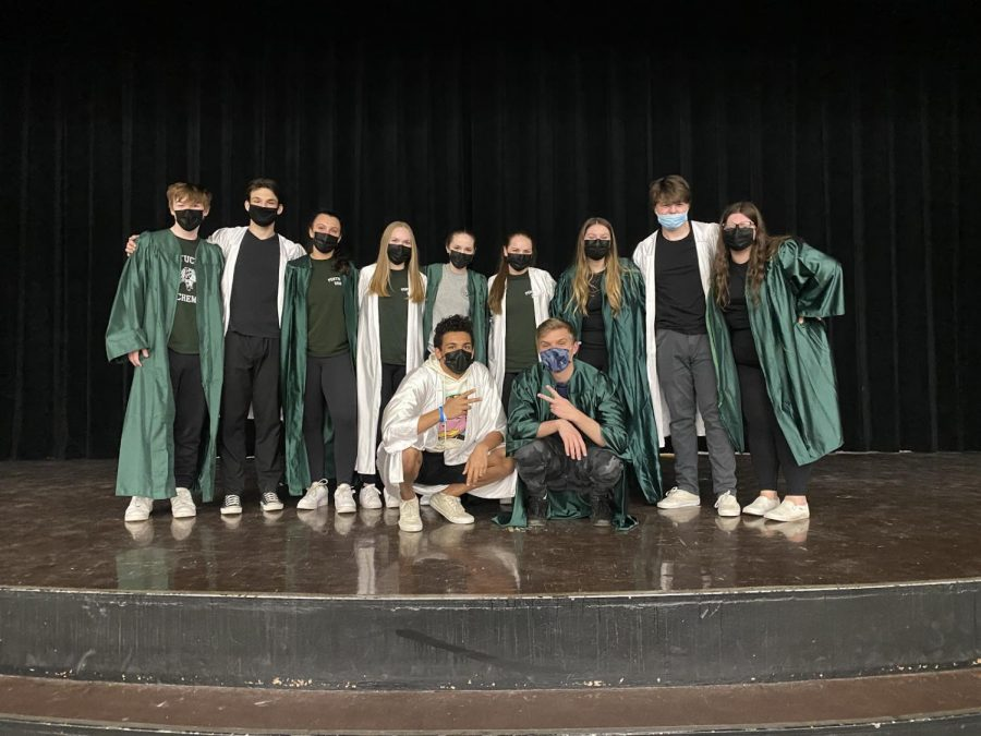 (Photo Source: Bella Brancato)  Back line (from left to right): Nathan Oliphant, Chase Mulcahy, Emily Dube, Paige DeBoyes, Alyssa McClung, Bella Brancato, Emma Neumann, Ryan Kennedy, Harleigh Walsh Front line (from left to right): Isaiah Cannon, Colby Jaslowich